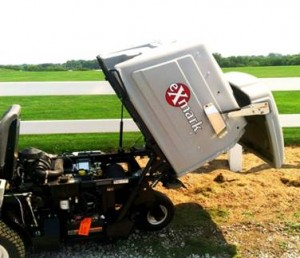 The powered hopper lift makes it incredibly easy to dump clippings from the Navigator's hopper.