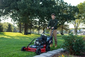 The Exmark Commercial 30 walk-behind mower has widespread appeal, from landscape professionals, to homeowners that understand the value of their free time.